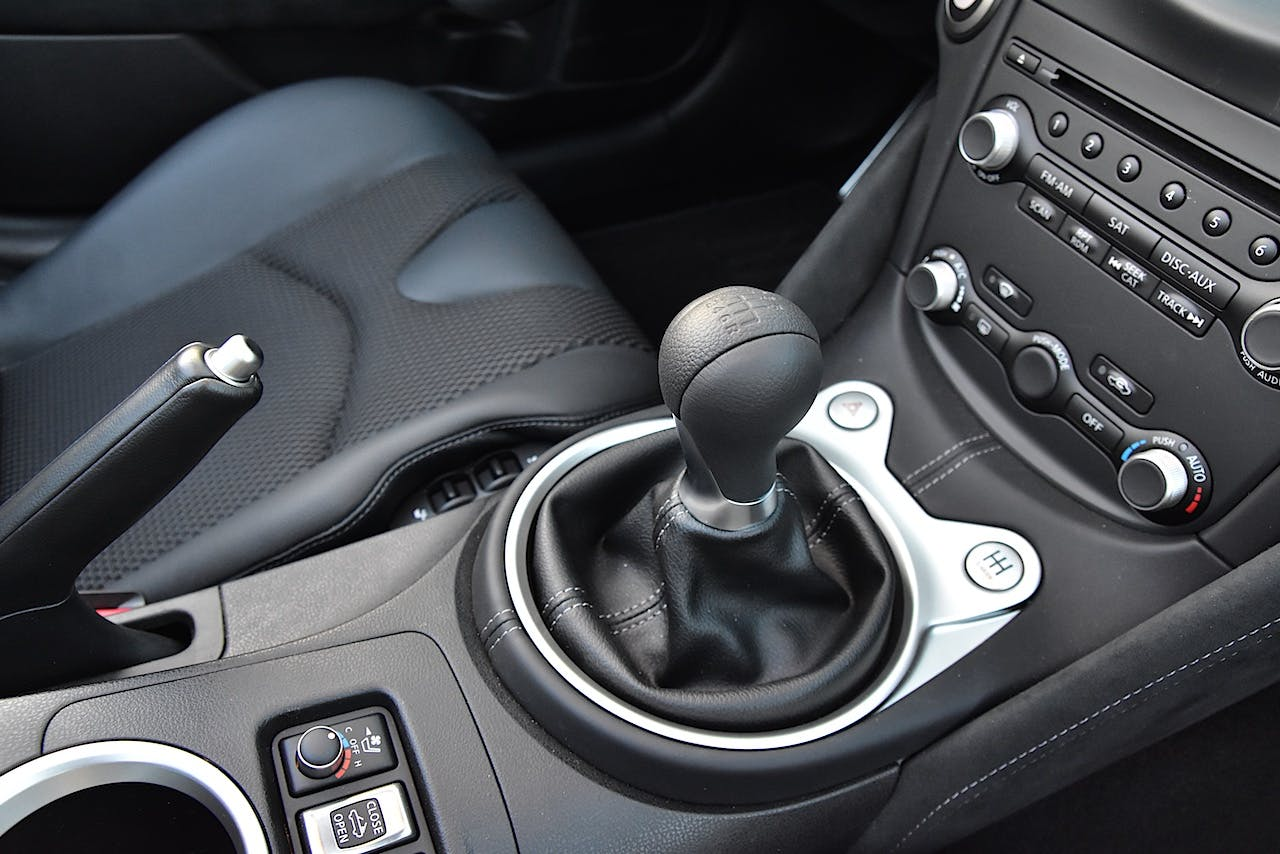 2017 Cars That Still Offer a Manual Transmission | CARFAX Blog