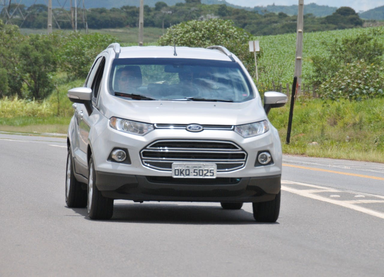 slot this small suv ford ecosport carfax. Black Bedroom Furniture Sets. Home Design Ideas