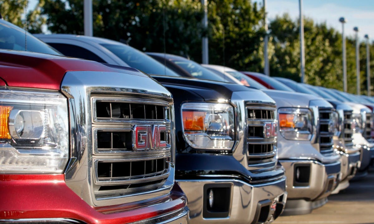 How to Buy a Used Work Truck for Personal Use | CARFAX