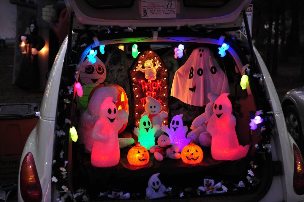 Trunk Or Treat 15 Halloween Car Decoration Ideas Carfax