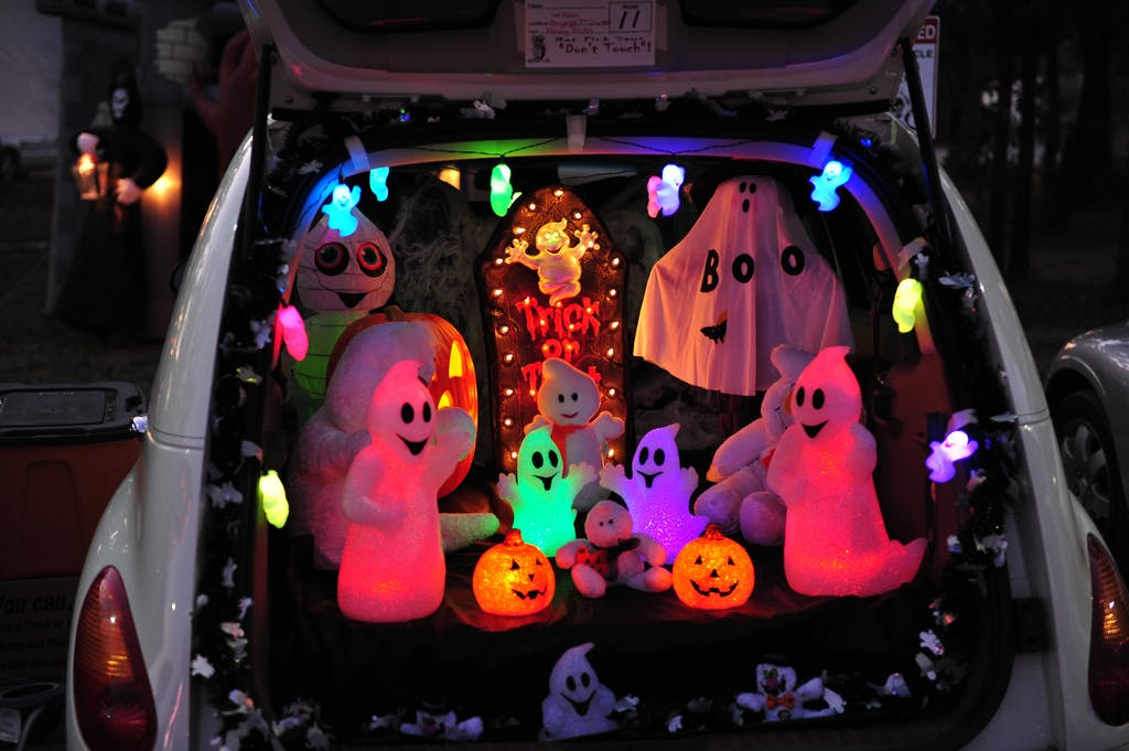 Trunk Or Treat 15 Halloween Car Decoration Ideas Carfax