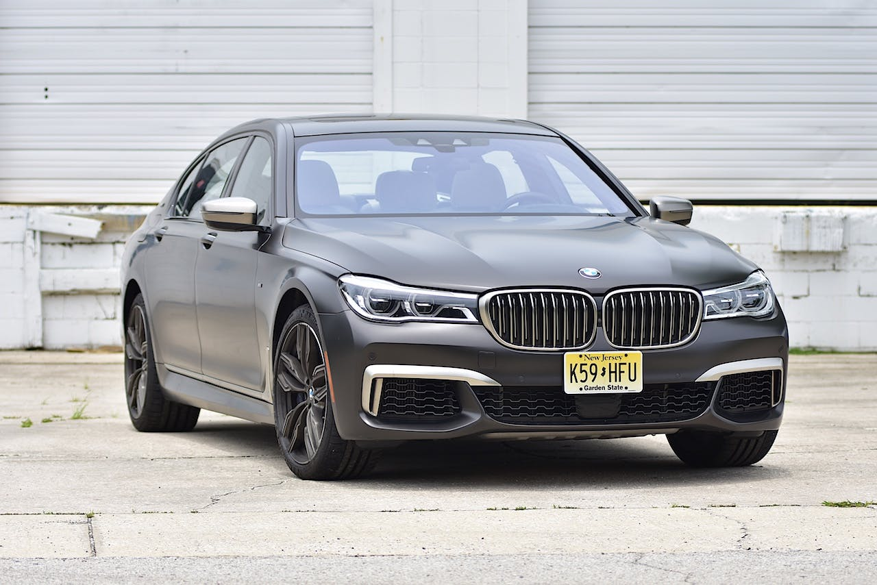The 7 Series Can Be Equipped With 19 Or 20 Inch Wheels And An M Sport Design Package That Includes Aerodynamic Body Kit Unique Exterior Trim