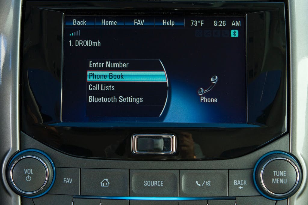 Best Solutions For Cars Without a USB Port or Bluetooth