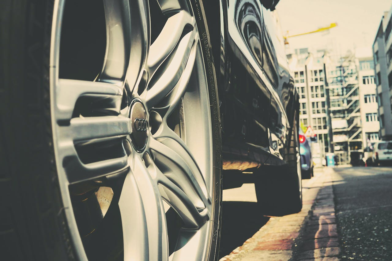 7 Facts About Tire Pressure Monitoring Systems | CARFAX Blog