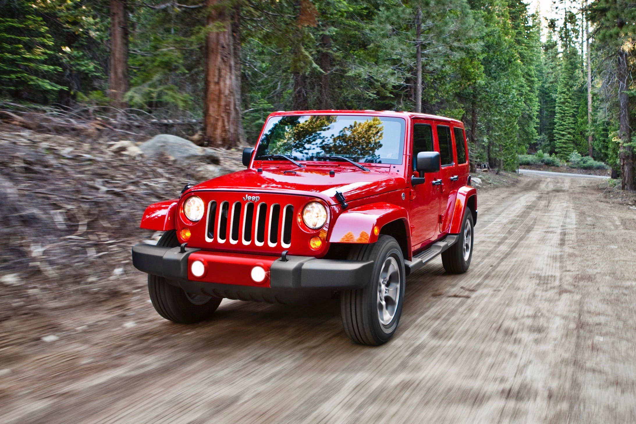 6 Reasons to Buy a Used JK Wrangler Instead of the All-new JL Model