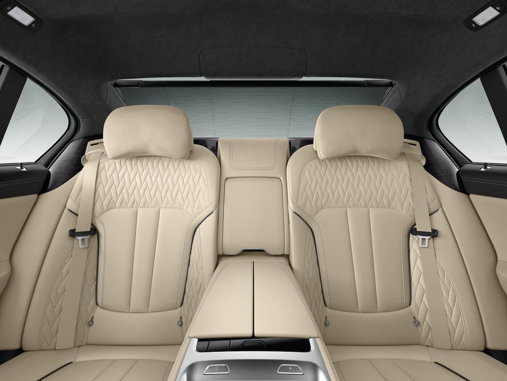 How To Clean Leather Car Seats >> How To Clean And Condition Your Car S Leather Seats Carfax Blog