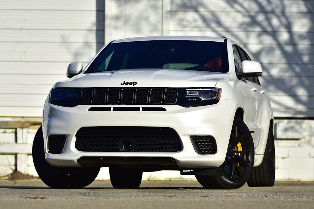 Your Racetrack SUV: 2018 Jeep Grand Cherokee Trackhawk ...
