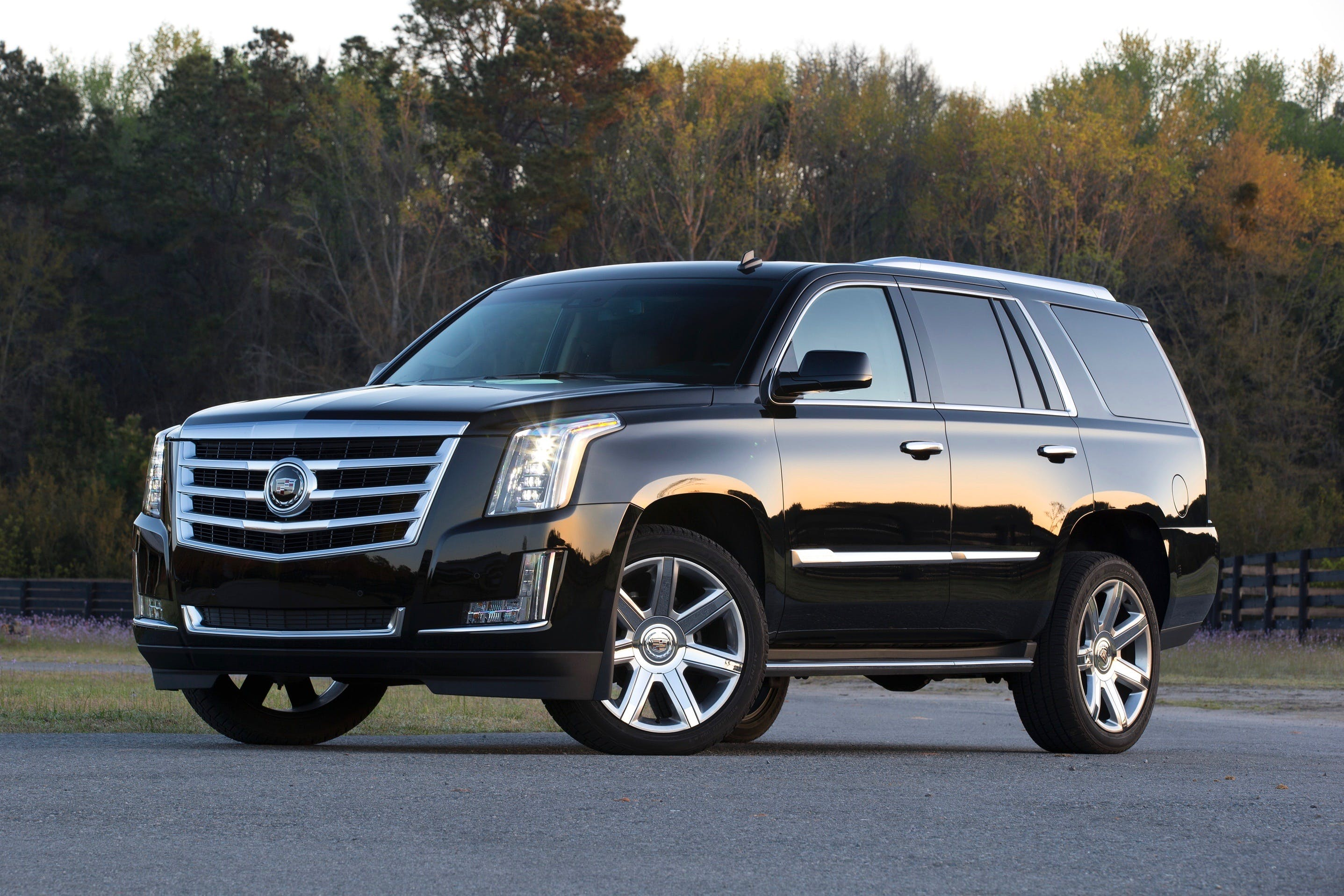 4 Tips to Help Sell Your Fourth-generation Cadillac Escalade