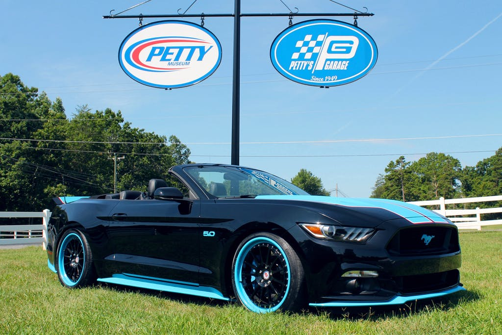 2016 Petty S Garage Mustang Gt King Edition