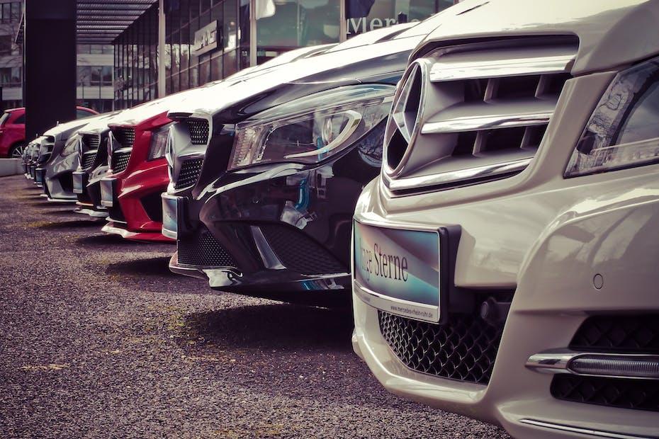 Mercedes Dealer