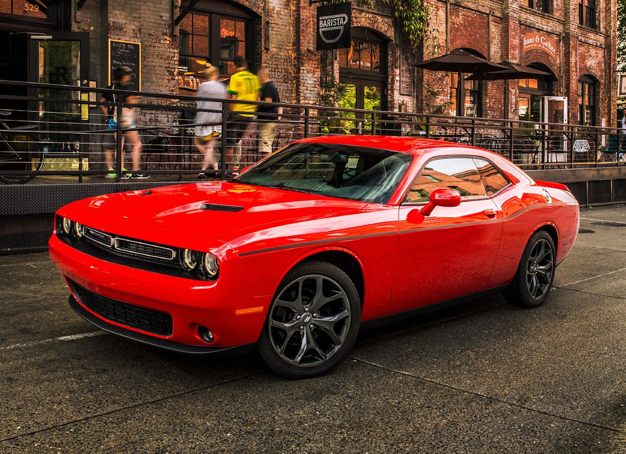 Which is Better, a Chevrolet Camaro or a Dodge Challenger?
