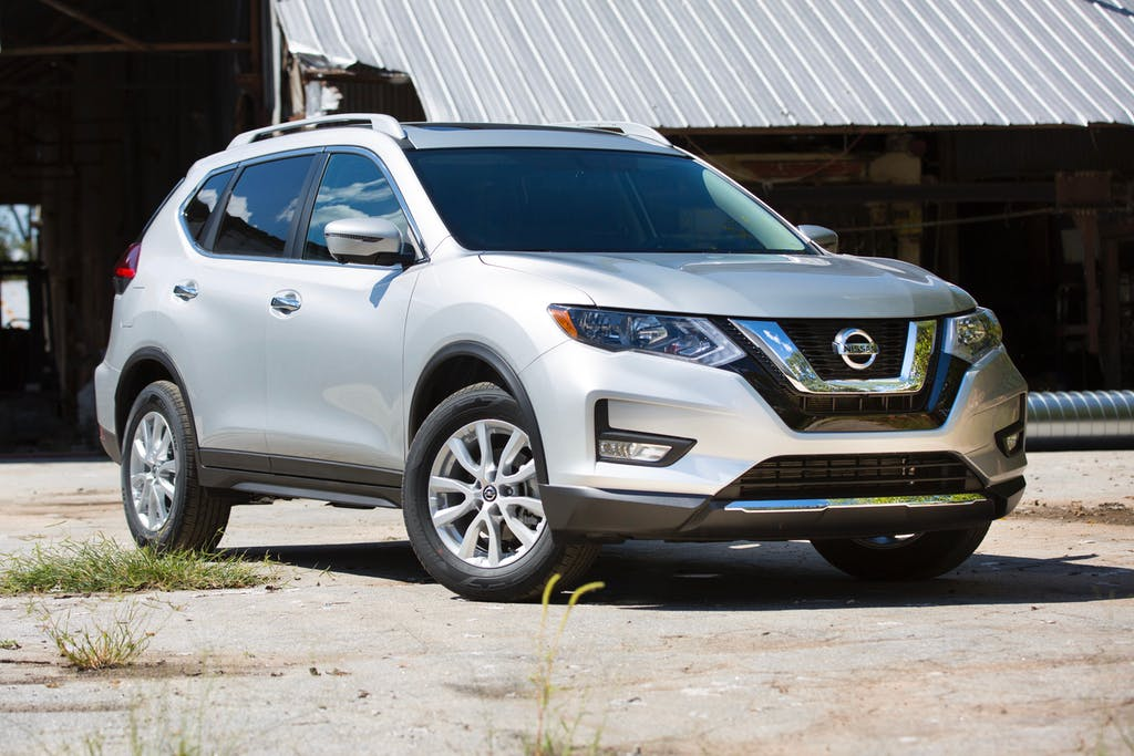 2018 Nissan Rogue Front View