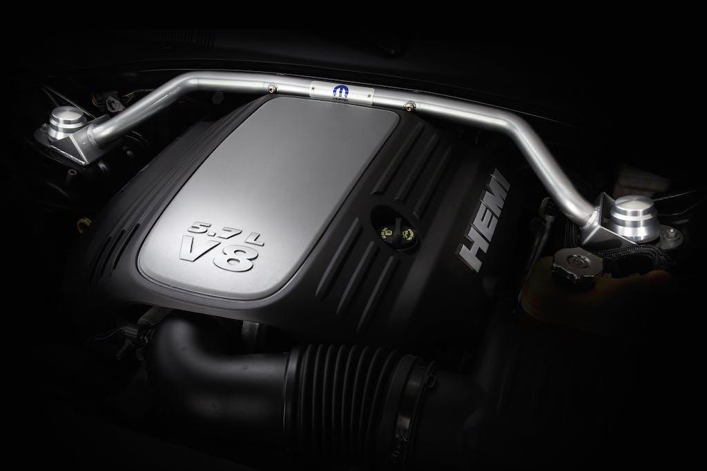 Hemi V8 Engine