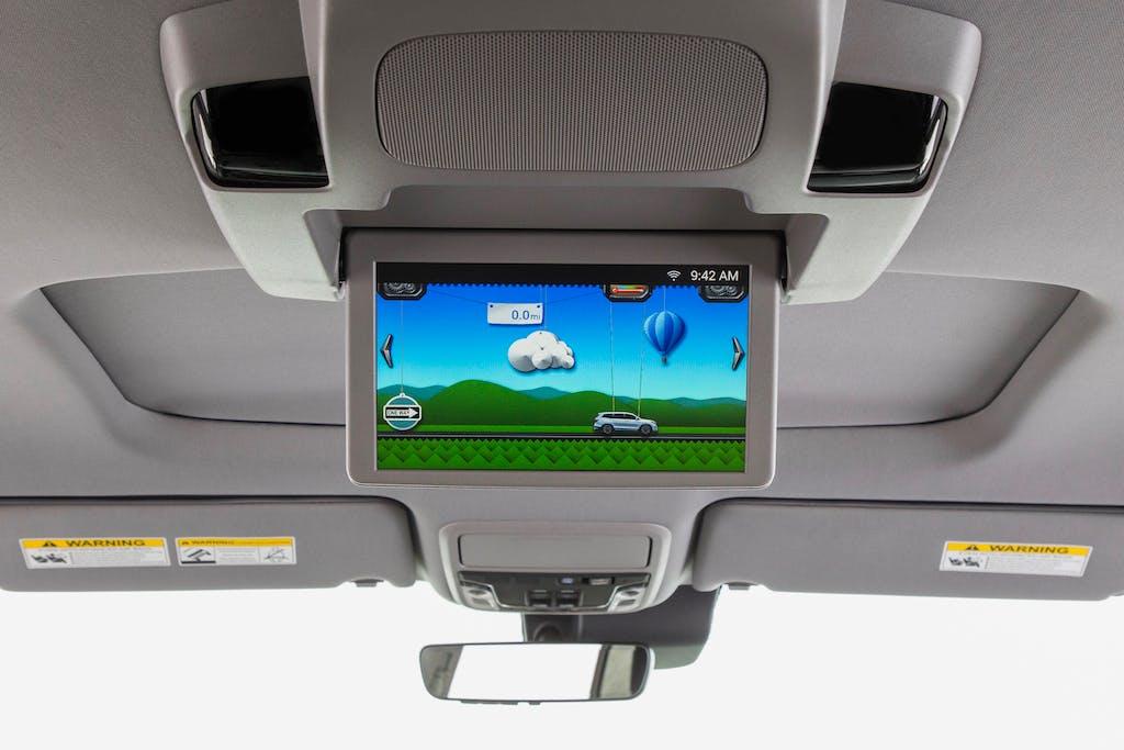 2019 Honda Pilot Elite Trip Monitor for Backseat Riders