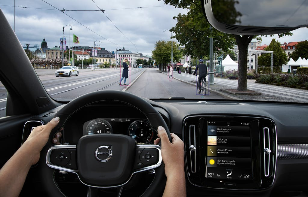 Volvo Driver Assist in a city environment