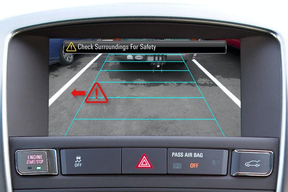 2013 Buick Verano Rear Cross Traffic Alert Display