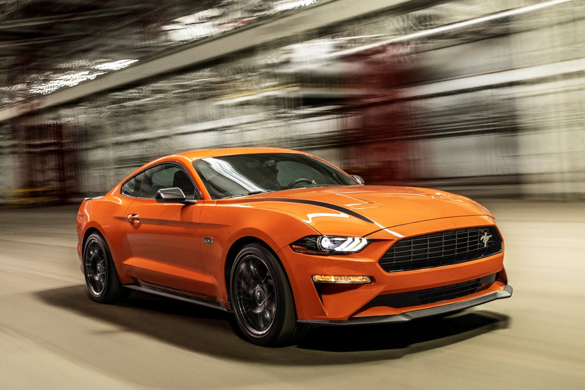 High Performance Package adds Mustang GT brakes, and GT Performance Package aerodynamics and suspension components to make it the highest-performing production four-cylinder Mustang ever.