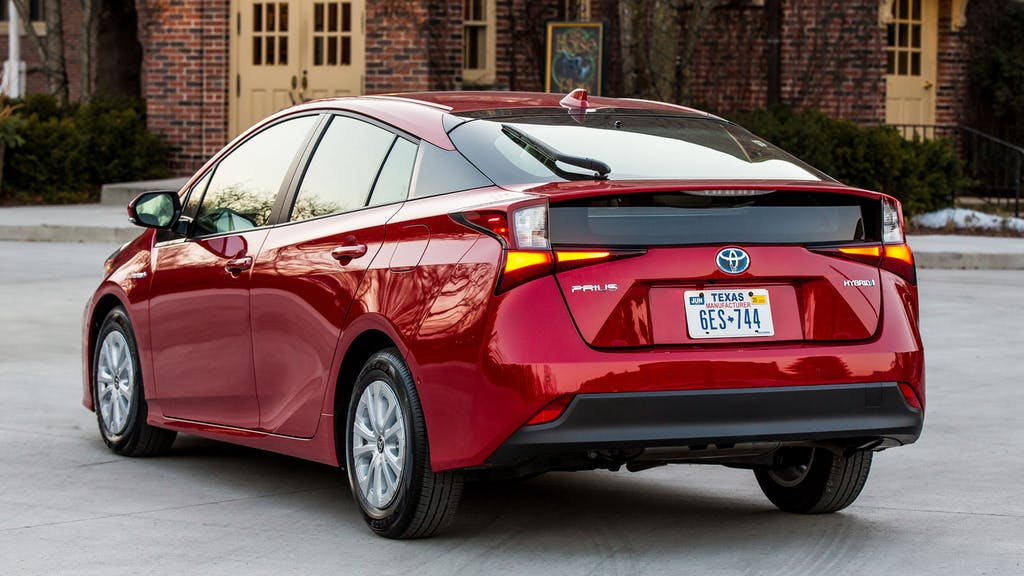 10 Best AWD Cars For Gas Mileage In 2020