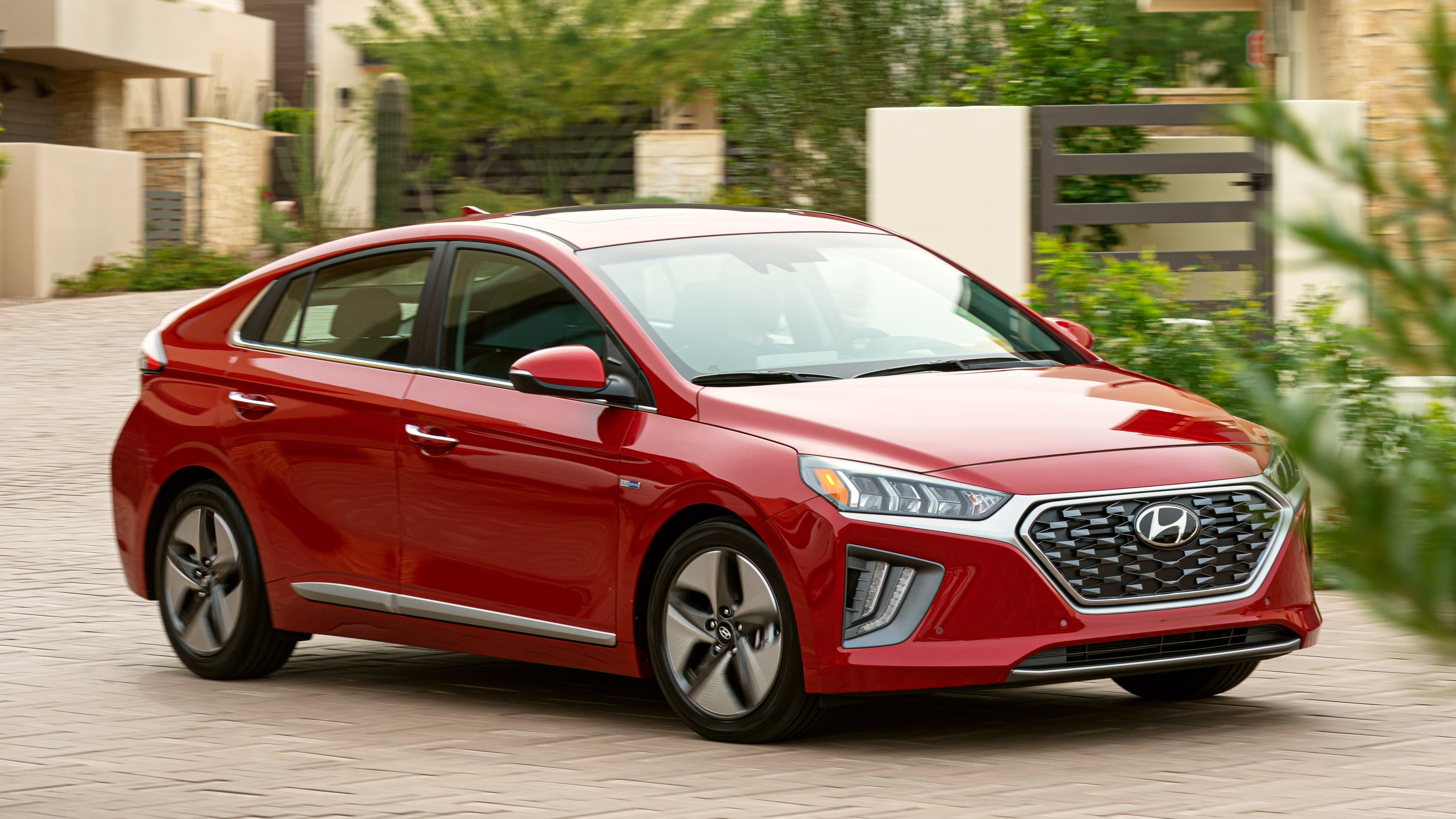Best Hybrid Cars For Gas Mileage In 2020 Carfax