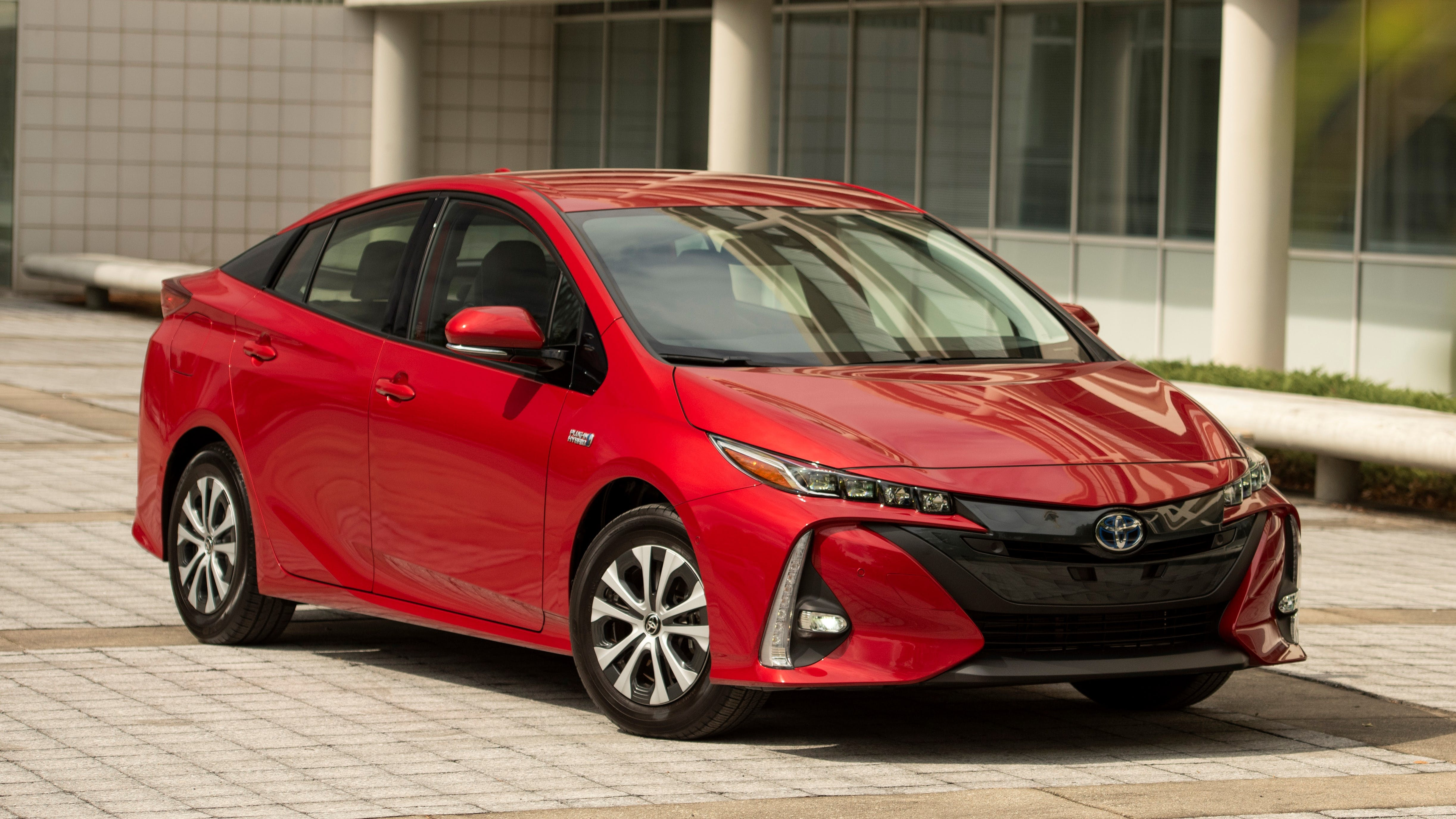 What Is a Hybrid Car, and How Do They Work?
