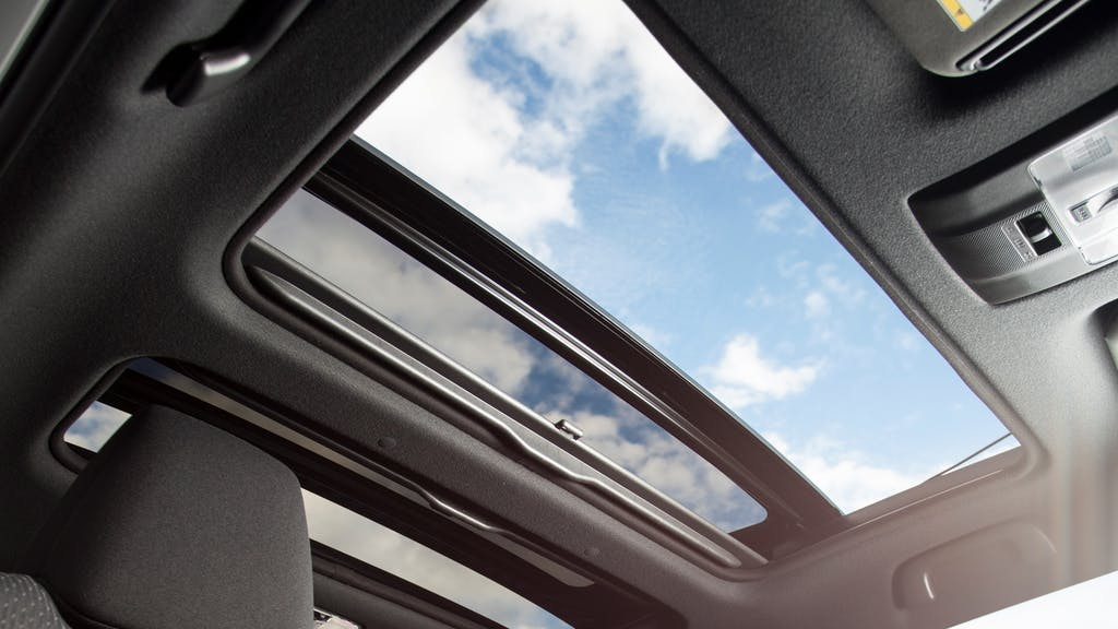 Sunroof Vs Moonroof Is There A Difference Carfax