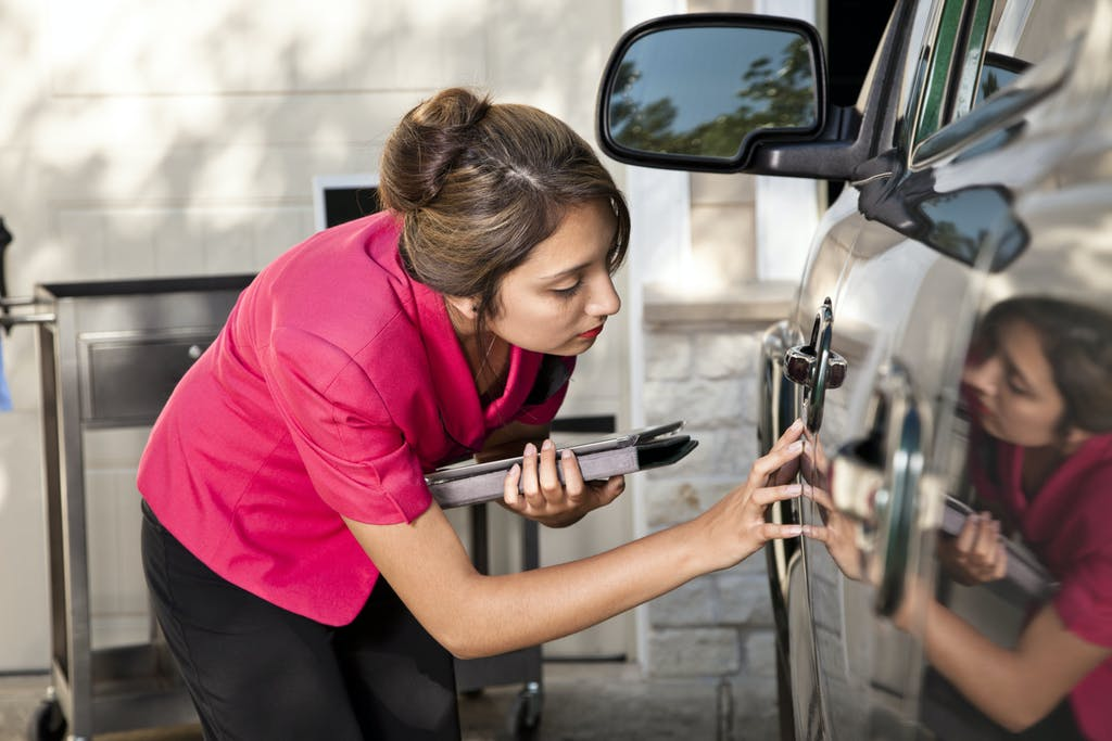 Car appraisal / Insurance adjuster