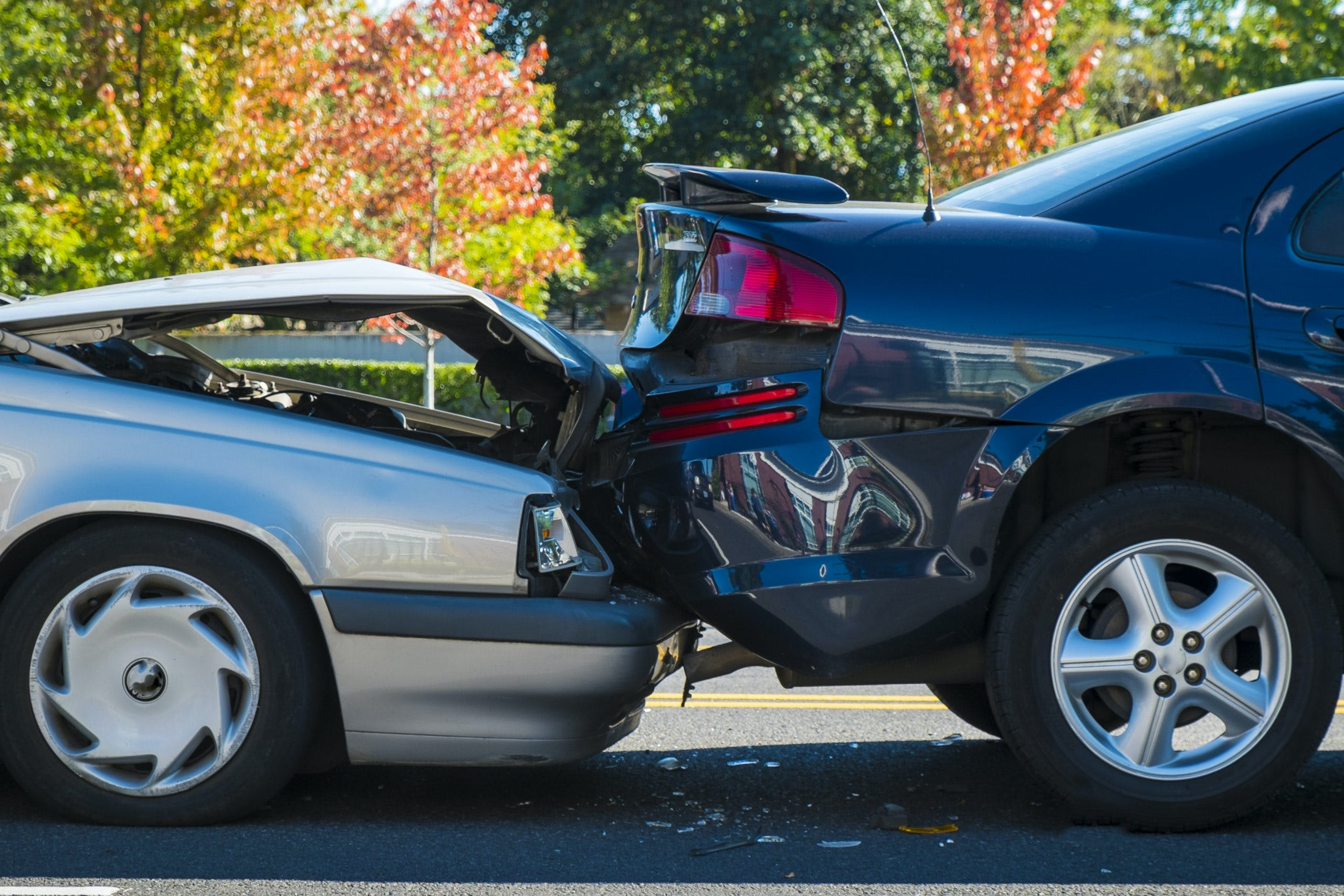 uto accident involving two cars