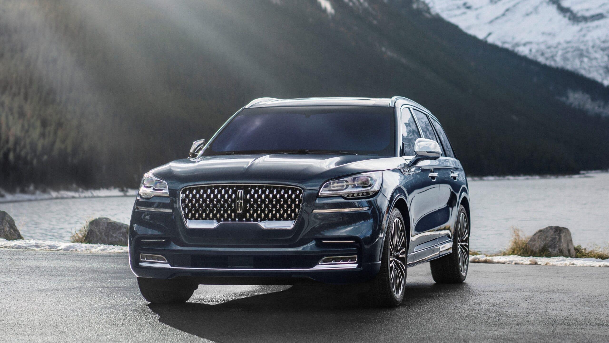 Best 3 Row Luxury Suvs Of 2020 New Used Carfax