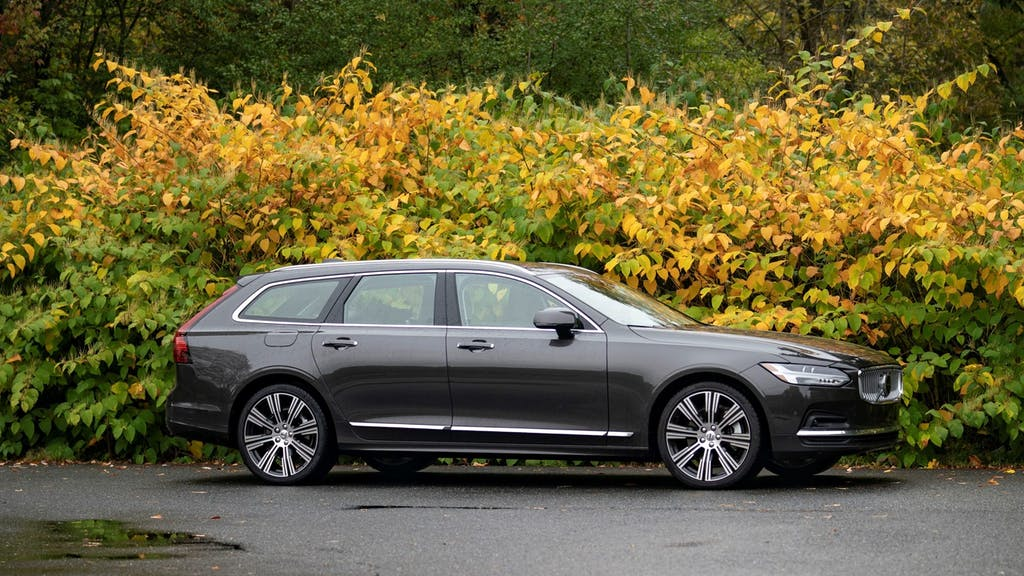 we rank every station wagon still available in 2021 | carfax