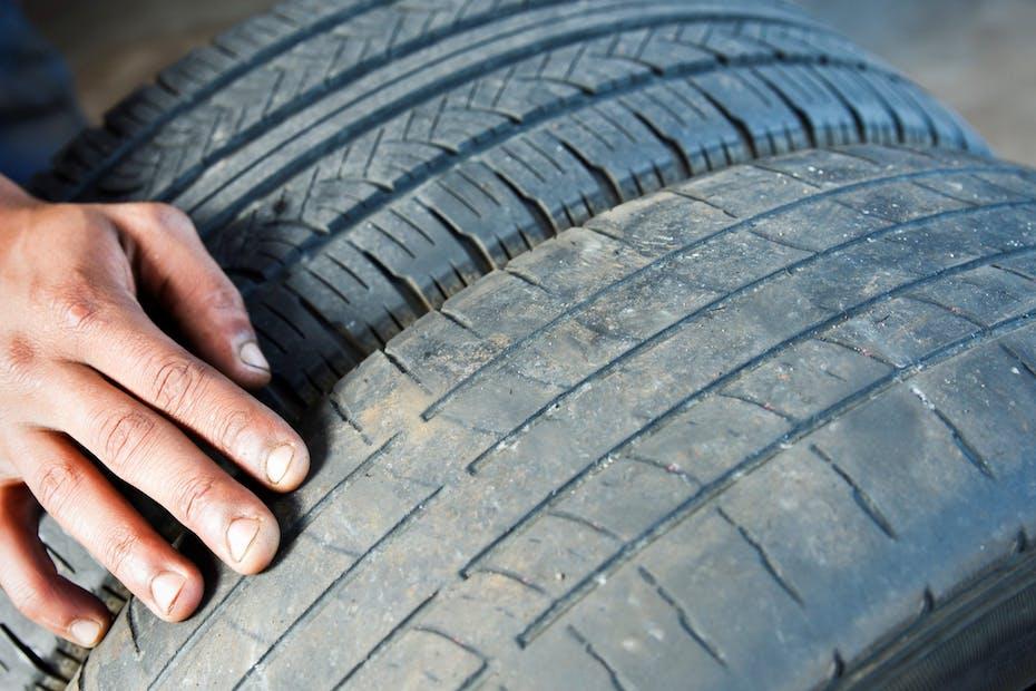 Comparing tire wear